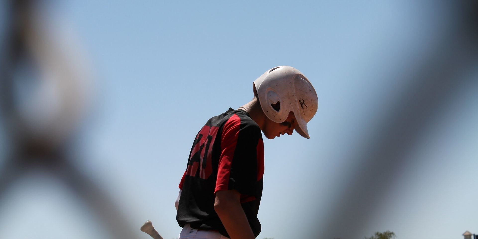 baseball-player-up-to-bat